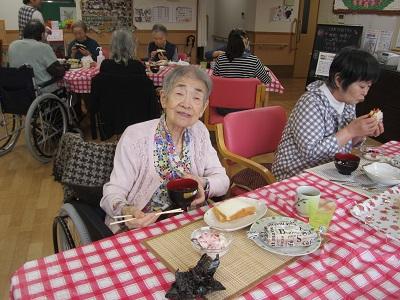 2018.10.15 なでしこ 昼食会 06.jpg